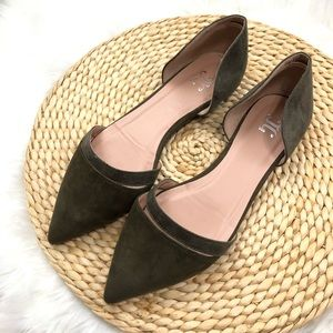 Olive green almond toe cut out side flats size 8.5